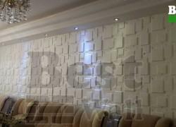 نمایی از دیوار پذیرایی با دیوار پوش سه بعدی فایبرگلاس بست وال