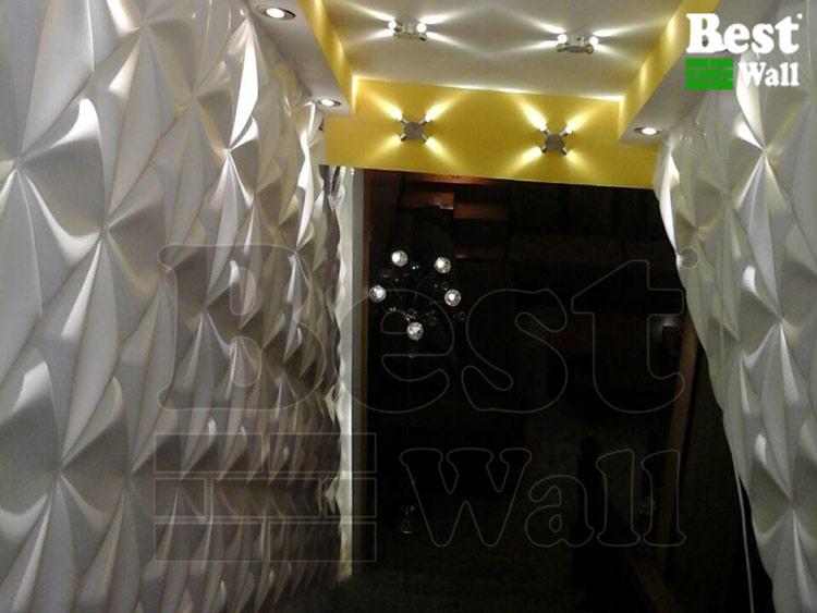 ورودی زیبای نمایشگاه مبل با بهره گیری از پانل های دکوراتیو بست وال