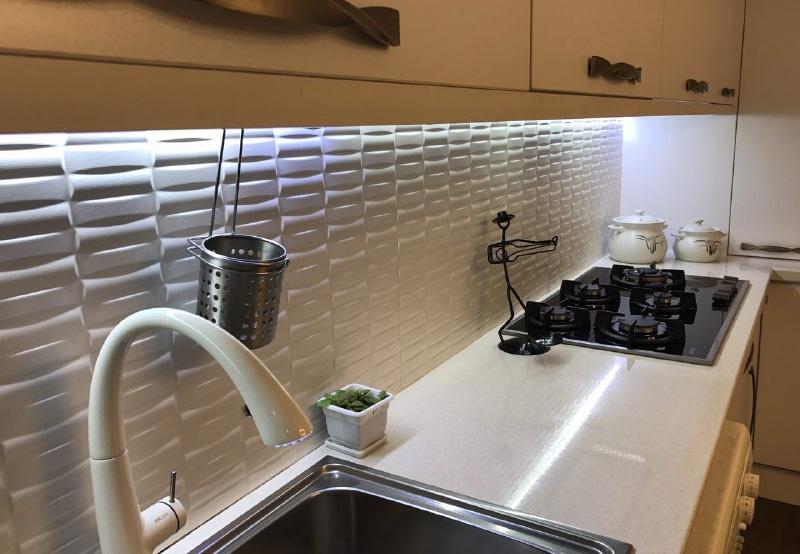 پوشش مناسب جهت دیوار آشپزخانه